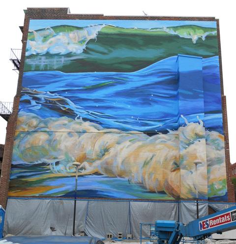 0621_Art_waves_top.jpg