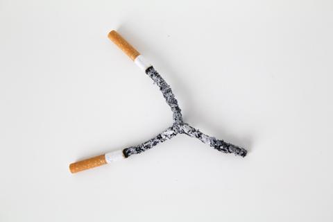 0823_art_smoke_top.jpg
