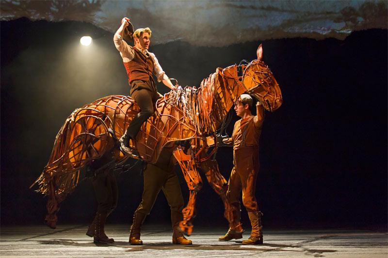 Fall-Theater-War-Horse