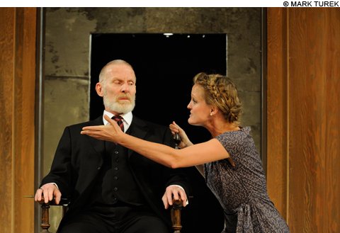Theater_LEAR_6153_main