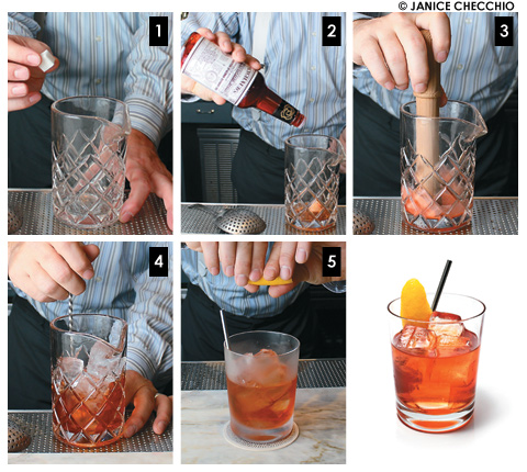 11-16-12 ThePhoenixWEB PICSFOOD LIQUID old fashionedFOOD-LIQUID-oldfashioned