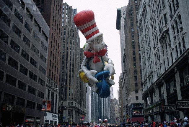 Cat-in-hat-macys-parade