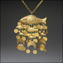 RISD_Cadette_necklace_fish_