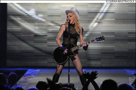 SHOWTIME_Madonna02insideMas.jpg