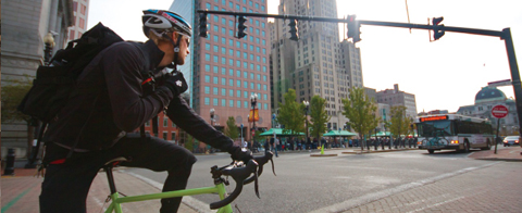 0530_Bike_messenger_top.jpg