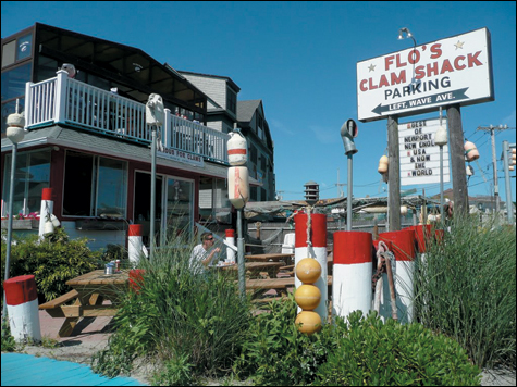 Flo's-Clam-Shack_LISTS_main