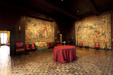 Gardner - tapestry room